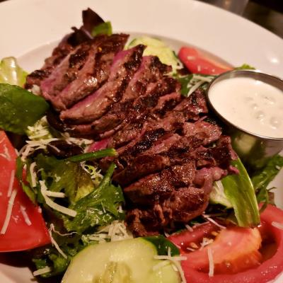 Grilled sirloin steak salad